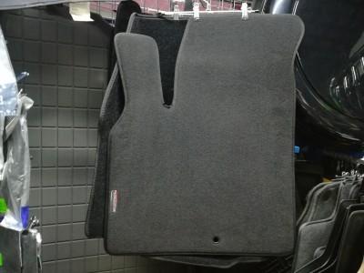 Коврики в салон текстильные для Chrysler Pacifica, 2003-2008, 4 шт. (цвет: чёрный)