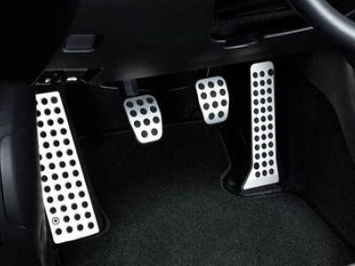 Комплект алюминиевых накладок на педали для Mazda CX-5, 2011-2016, (оригинал) (Mazda)