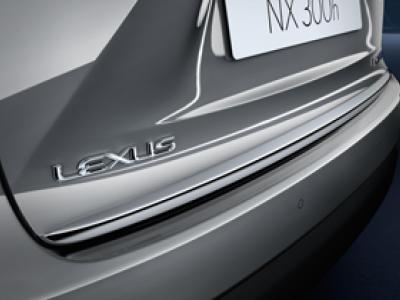Накладка на заднюю дверь для Lexus NX, 2014-н.в., (оригинал) (Lexus)