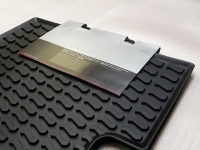 Комплект задних резиновых ковриков для Audi Q3 2011- н.в. 2шт. (Original) (VAG)