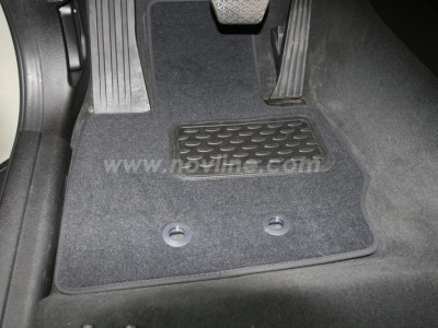 Коврики в салон (Novline) для BMW X3 E83 2003-2010, 4 шт. (текстиль, чёрные, серые, бежевые)