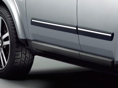 Штатные защитные молдинги дверей с хромированной вставкой для Land Rover Discovery IV, 2009-2016, (оригинал) (Land Rover)