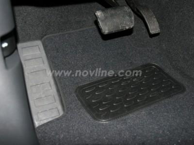 Коврики в салон (Novline) для Dodge Caliber 2006-2011, 4 шт. (текстиль, чёрные, серые, бежевые)