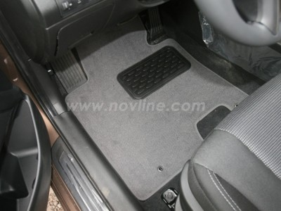 Коврики в салон (Novline) для Hyundai i30 hb 2011-н.в., 4 шт. (текстиль, чёрные, серые, бежевые)