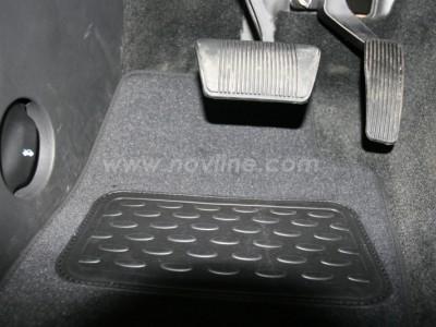 Коврики в салон (Novline) для Jeep Cherokee 2005-2013, 4 шт. (текстиль, чёрные, серые, бежевые)