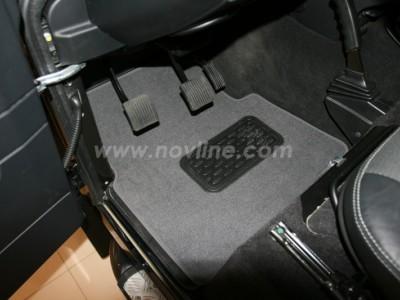 Коврики в салон (Novline) для Land Rover Defender 110 2007-н.в., 5 шт. (текстиль, чёрные, серые, бежевые)