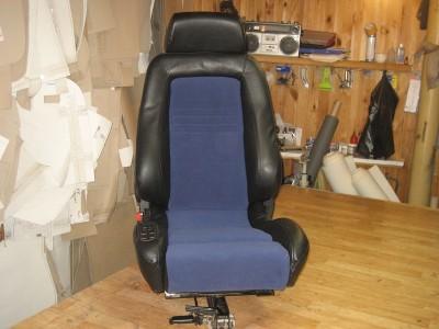 Оригинальные модельные чехлы на сидения для автомобиля Volkswagen Crafter 1,2,3 места 2006-н.в. (материал: твид, кожзам; любые тона)