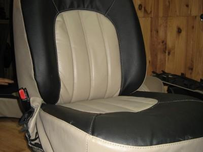 Оригинальные модельные чехлы на сидения для автомобиля Chrysler Voyager/ Dodge Caravan(1+1;2;3) 2001-2007 (материал: твид, кожзам; любые тона)