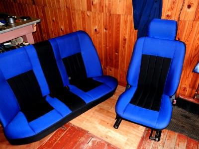 Оригинальные модельные чехлы на сидения для автомобиля Mercedes E-Klasse (W124) седан/ универсал 1993-1995 (материал: твид, кожзам; любые тона)